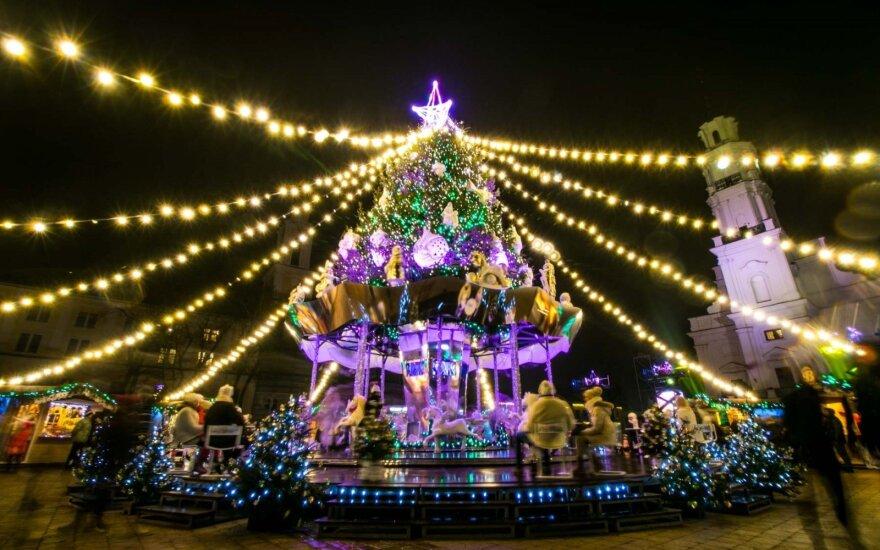 Kaune įžiebiama Kalėdų eglė