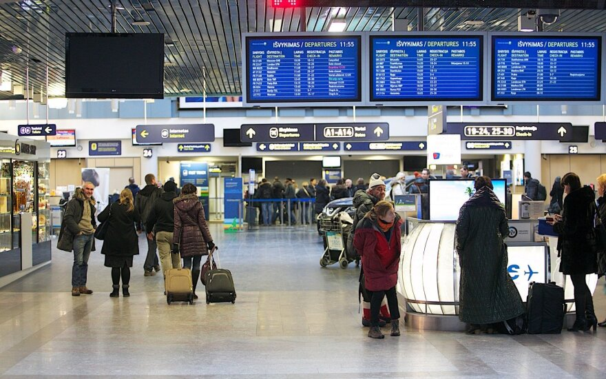 Lithuania moves forward with airline passenger registration