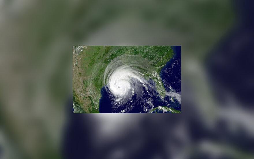 """JAV siaučia uraganas """"Rita"""""""