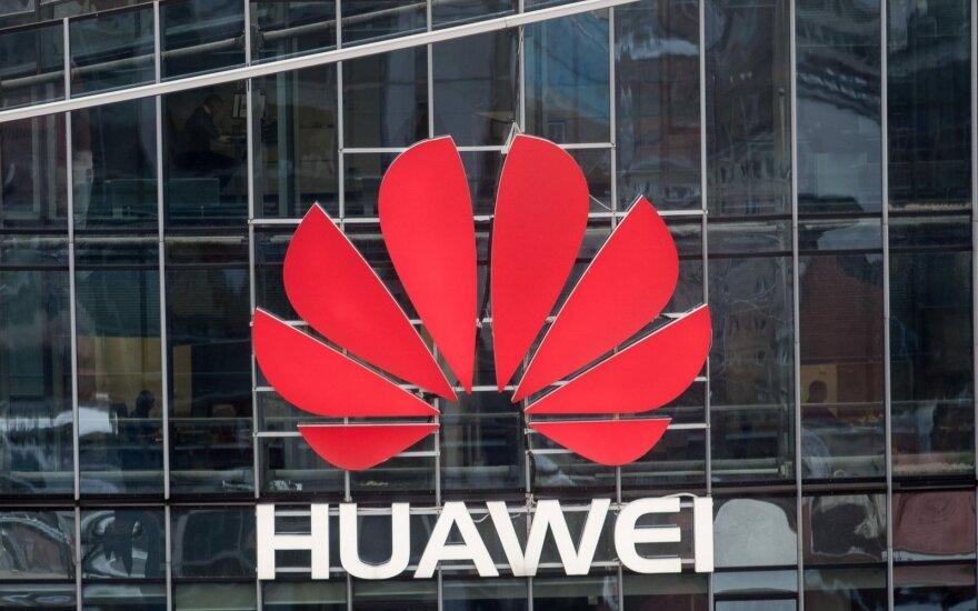 """Kanadoje sulaikyta """"Huawei"""" finansų vadovė"""
