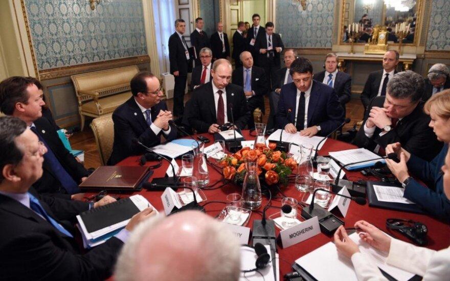 V. Putino susitikimas su Vakarų lyderiais baigėsi pažadu