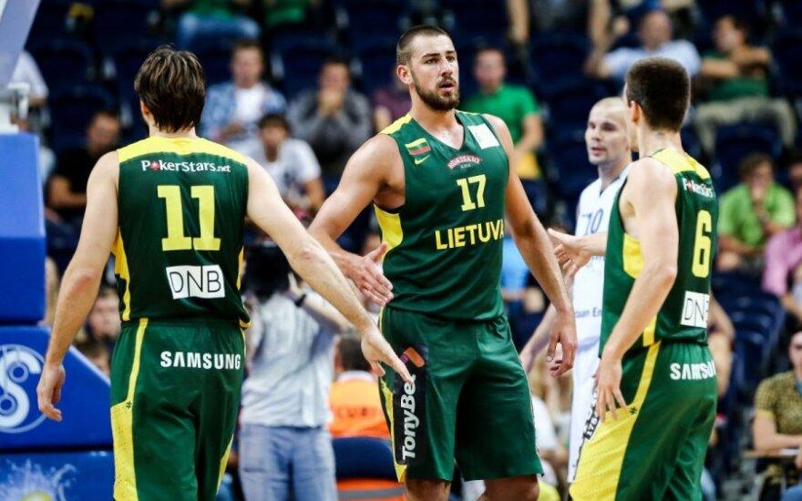 Lietuvos rinktinė atkakliose rungtynėse išvargo pergalę prieš suomius