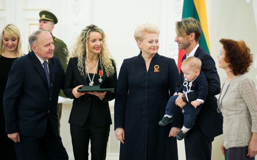 Edita Daniūtė, Dalia Grybauskaitė, Mirko Gozzolli su sūnumi Romeo