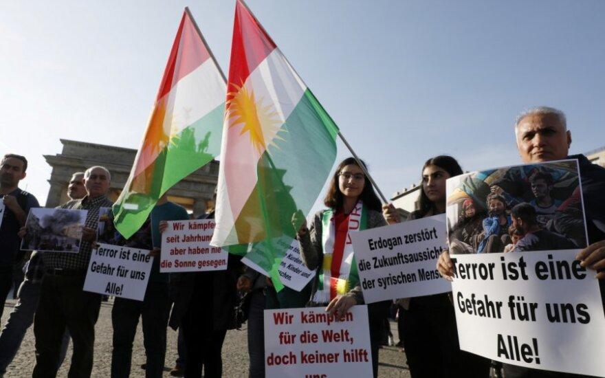 Protestuotojai Berlyne smerkia Turkijos veiksmus Sirijoje