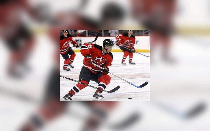 13-as rezultatyvus D.Zubraus perdavimas NHL čempionate