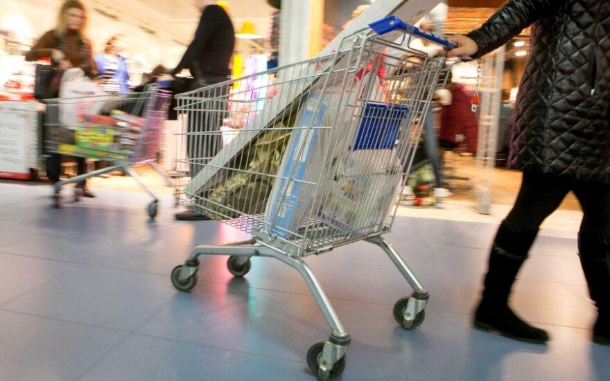 Maistą švaistyti verčia prekybos centrai