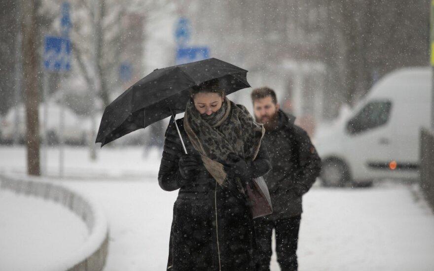 Netrukus šaltis trauksis iš Lietuvos – orų prognozėje pastebėjo ryškius pokyčius