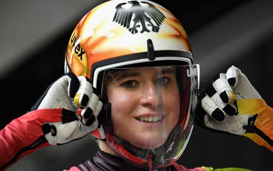 Vienviečių rogučių varžybose auksą iškovojusi Natalie Geisenberger