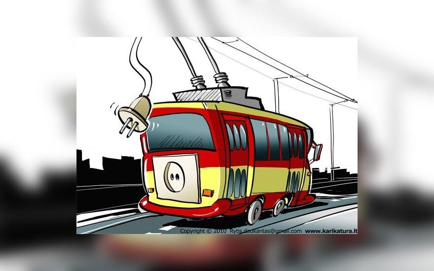 Vilniečiams į autobusus ir troleibusus teks lipti pro priekines duris
