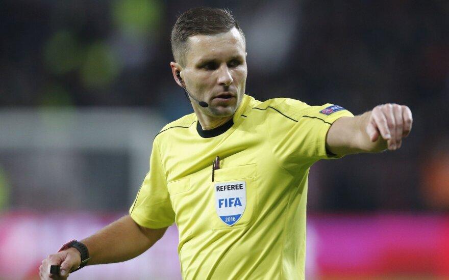"""Pasitikėjimas auga: lietuviai teisėjaus """"Manchester United"""" ir """"Benfica"""" rungtynėms"""