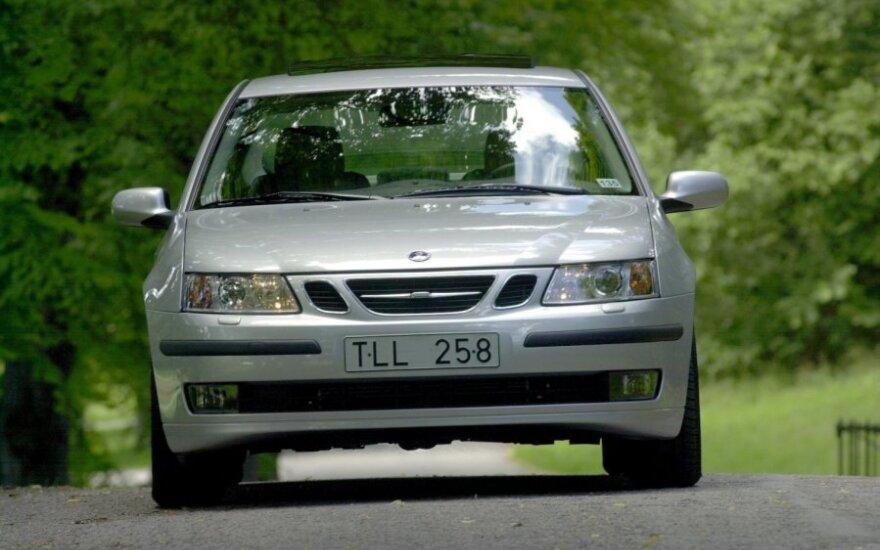 Saab automobilis