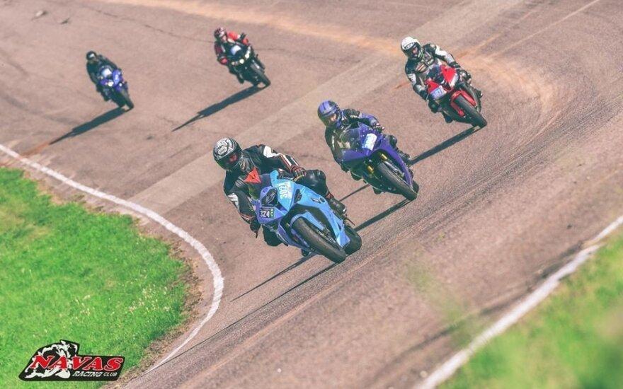 Lietus sumaišė kortas motociklų čempionato lyderiams