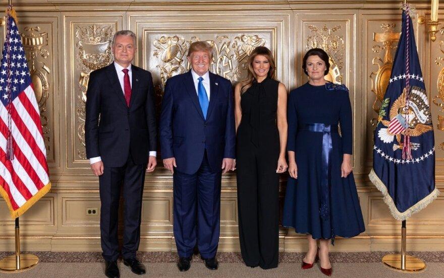 Nausėda pakvietė Trumpą į Lietuvą