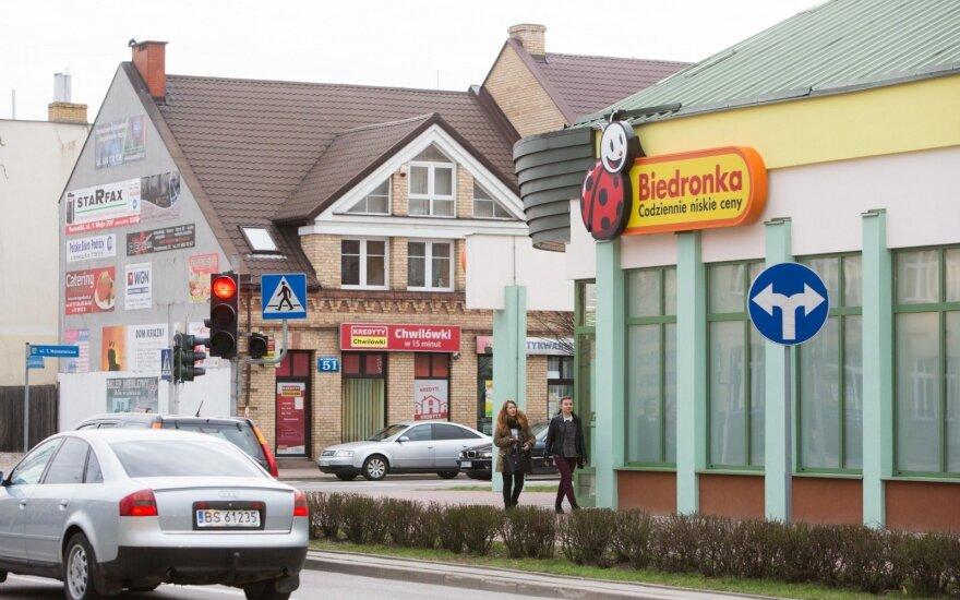 Važiuojantiems apsipirkti į Lenkiją: gegužę keturias dienas parduotuvės nedirbs