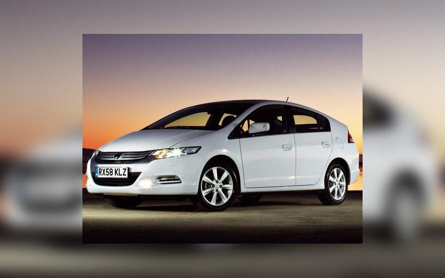 """Ženevoje debiutavo Europos rinkoms skirtas """"Honda Insight"""" hibridas"""
