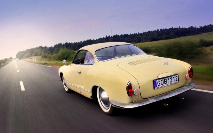 """Volkswagen Karmann Ghia"" (T.Tunylos nuotr.)"