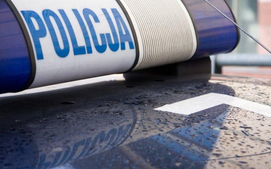 Lenkijos pietuose susidūrus trims transporto priemonėms sužeista 20 žmonių