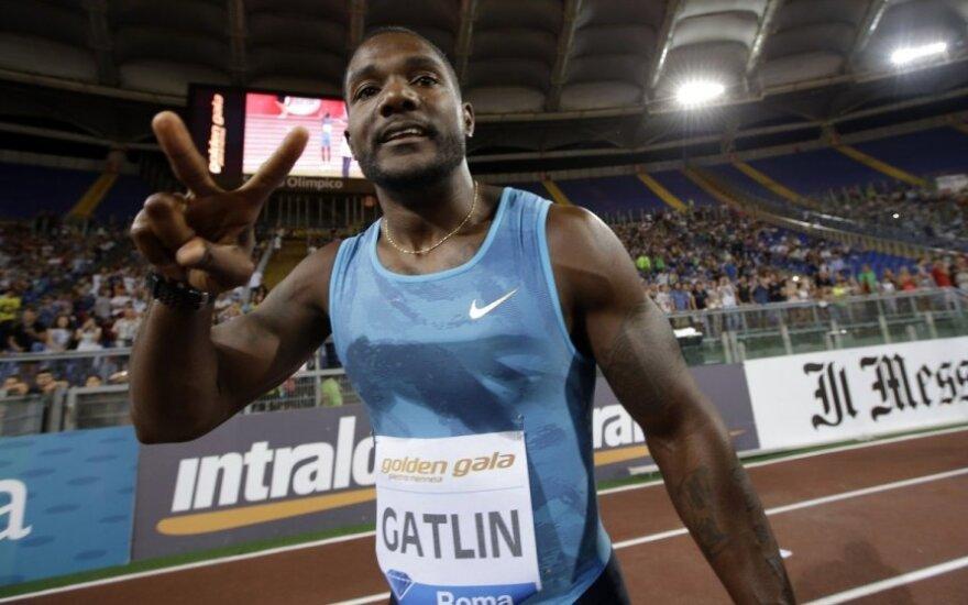Vyrų 100 m bėgimo varžybose – įspūdingas J. Gatlino greitis