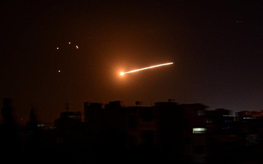 Izraelis smogė Assado režimą palaikantiems sukilėliams
