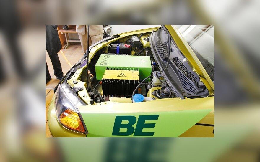 VGTU studentai kuria elektromobilį