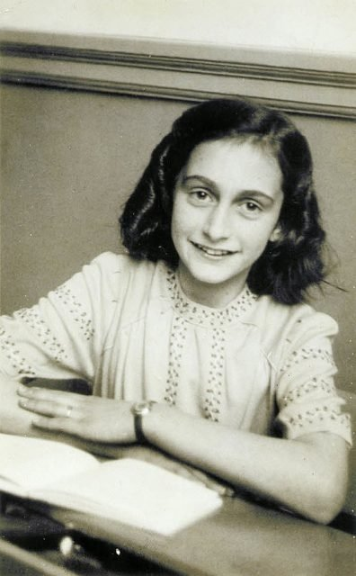 Moteris, kurią kaltina išdavus naciams Anos Frank šeimos slaptavietę: žiaurus nuosprendis vis dar kelia klausimų