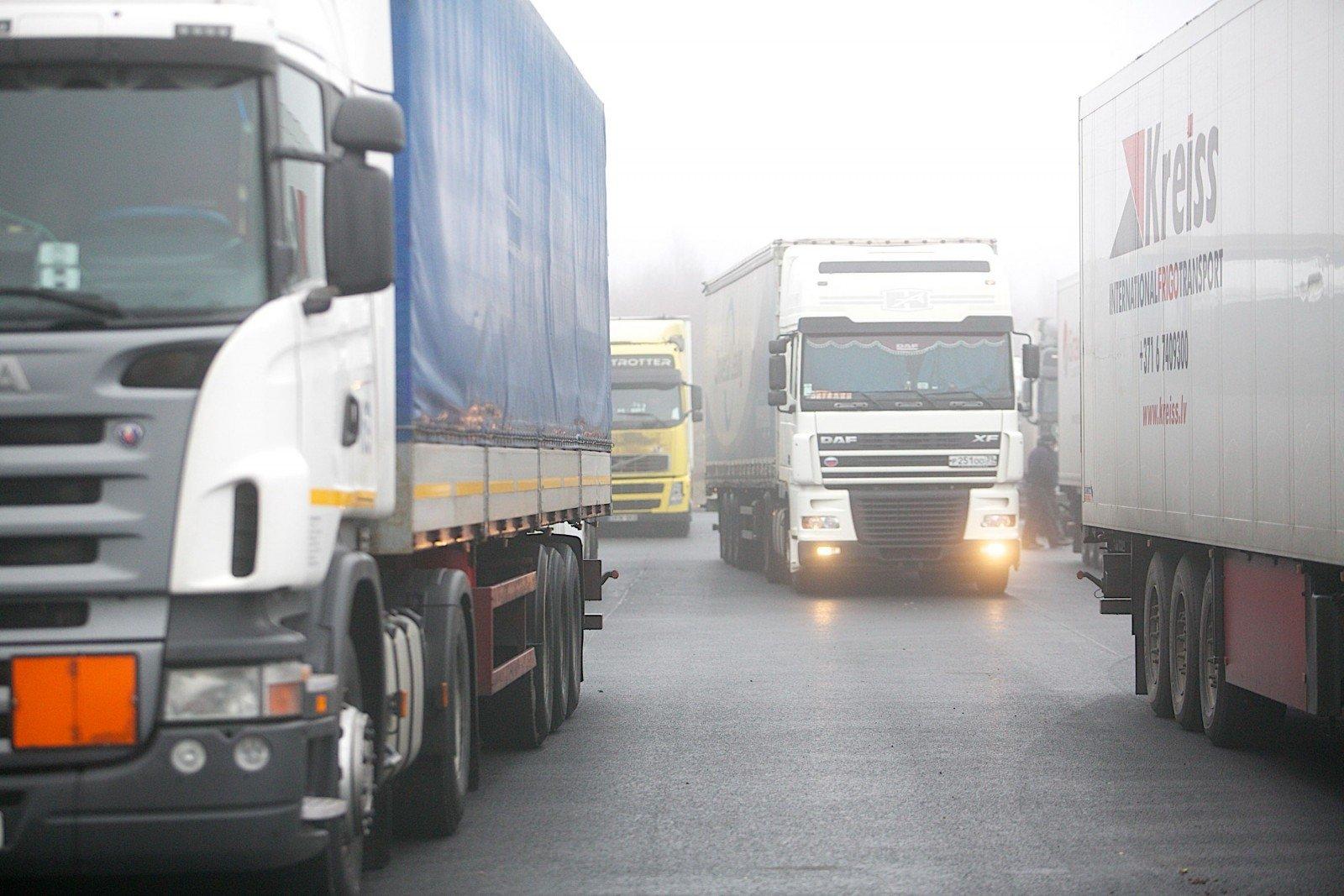 Литовские перевозчики на белорусской границе сталкиваются с ужесточенными проверками