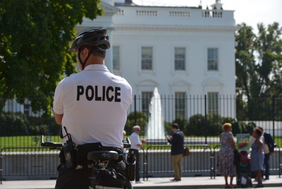 Секретная служба США заблокировала Белый дом
