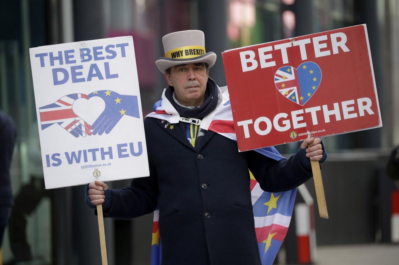 """Ginčas dėl žvejybos gali paskandinti susitarimą dėl prekybos po """"Brexito"""" - DELFI"""