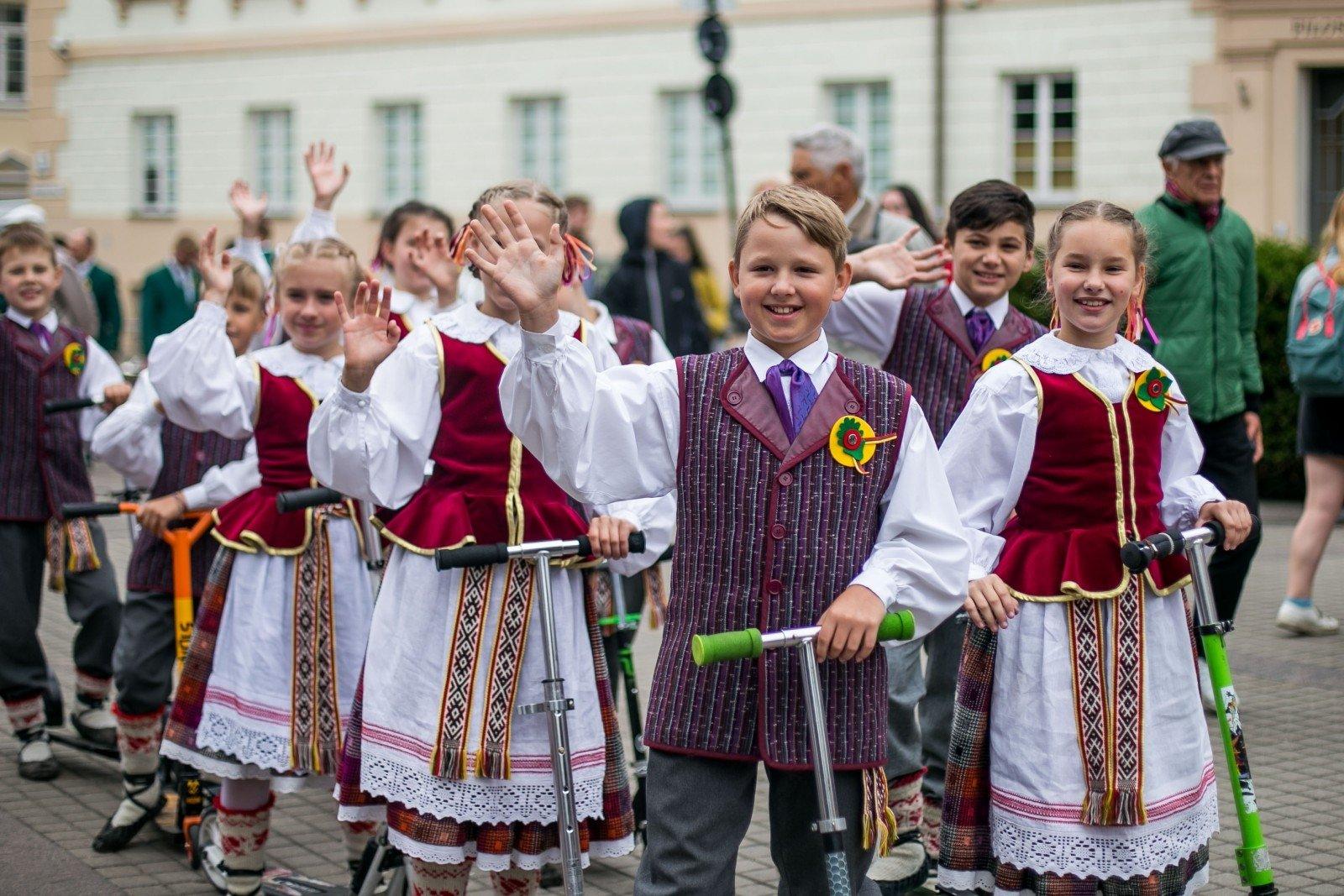 Литва вильнюсский праздник в октябре фото