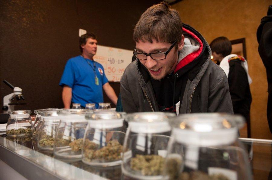 5 американских штатов голосуют залегализацию марихуаны