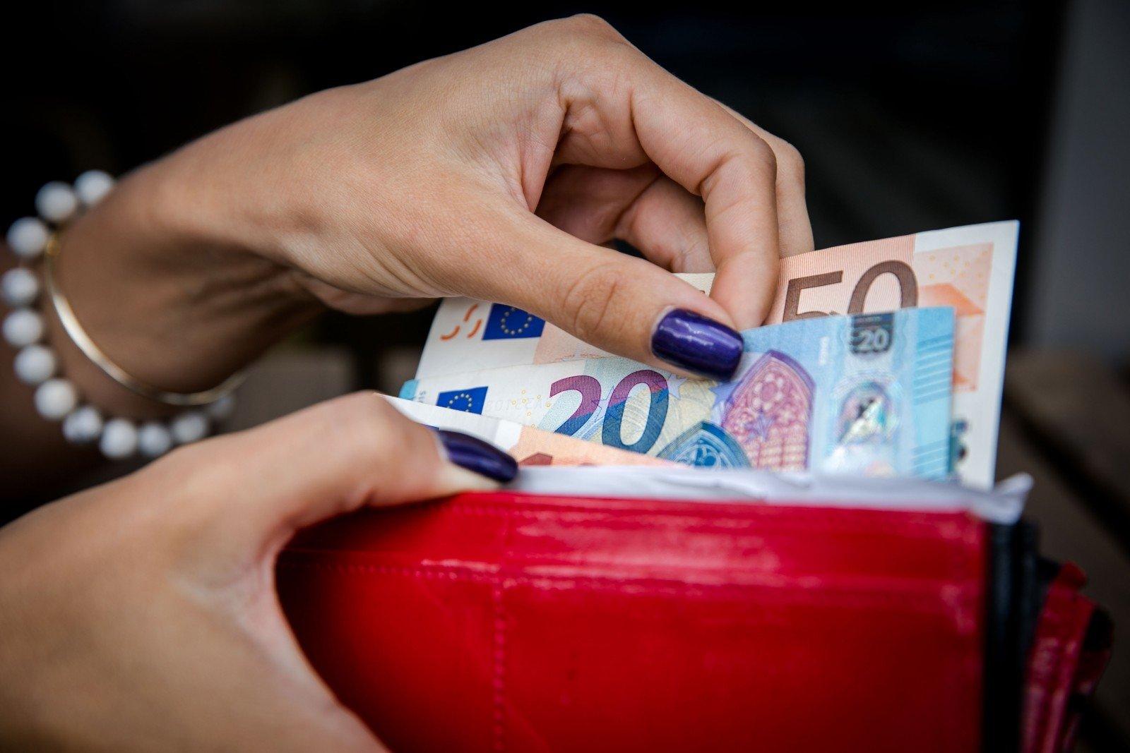 kaip pasipelnyti lengvai kaip turtingieji uždirbo savo pinigus