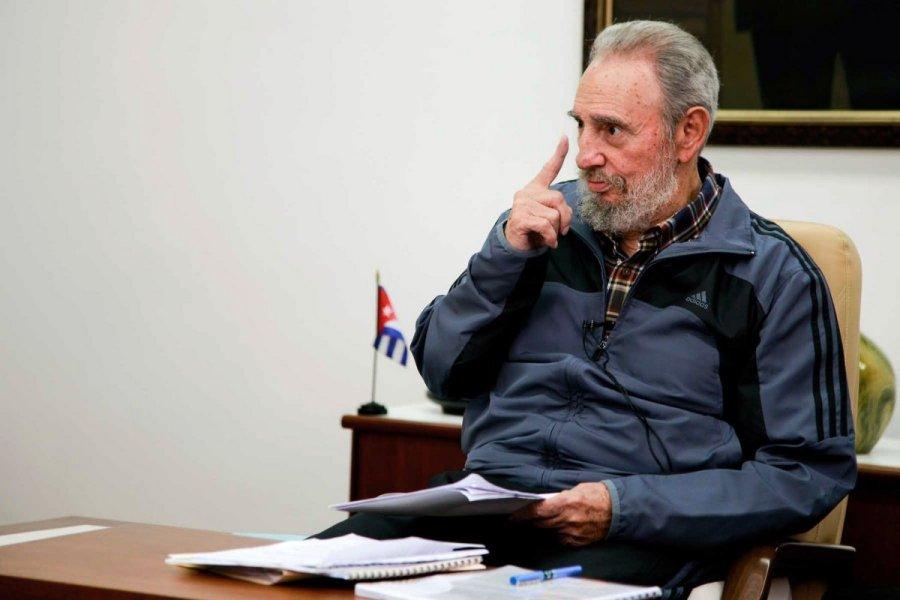 «Нам ненужно, чтобы империя нам что-то дарила»— Кастро оСША