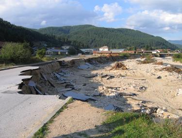 Išplauti Bulgarijos keliai