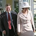 Johnas Cloudas su žmona