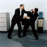 Konfliktas darbe, susimušė ofiso darbuotojai