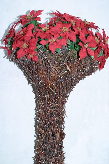 """Kalėdų žvaigždės. """"Rotušės Floralitos"""" kalėdinė kompozicija"""
