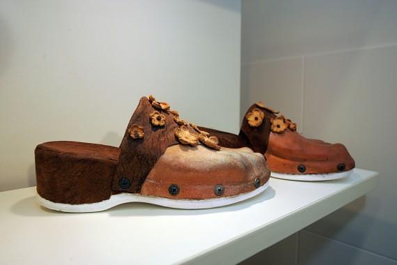 """Amatų ir menų centre """"Nauja Sirena"""" pademonstruoti unikalūs odos dirbinia"""