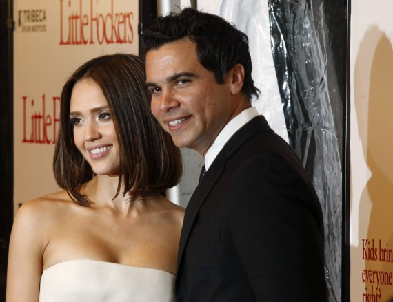 Jessica Alba su vyru Cashu Warrenu