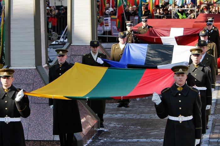 Эстония выступила заусиление санкций противРФ из-за обострения вДонбассе