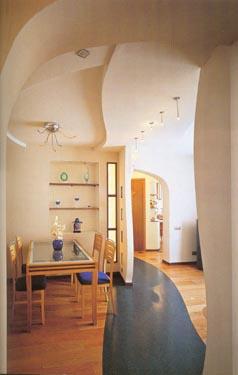 Intarpas - takelis grindyse skiria valgomąjį nuo poilsio zonos