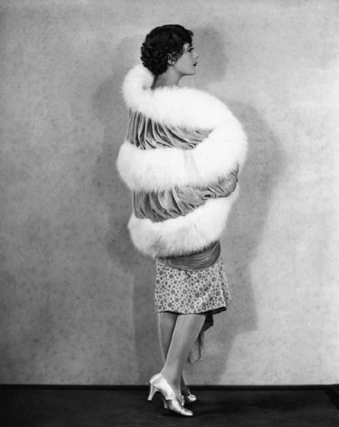 Mados istorija. Aktorė Lilyan Tashman. 1920 m.