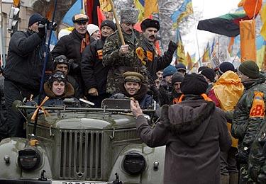 V.Juščenko rėmėjai Kijevo gatvėse, mitingai Ukrainoje