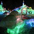 Ledo skulptūrų parodoje Kinijoje eksponuojami ir naikintuvų modeliai