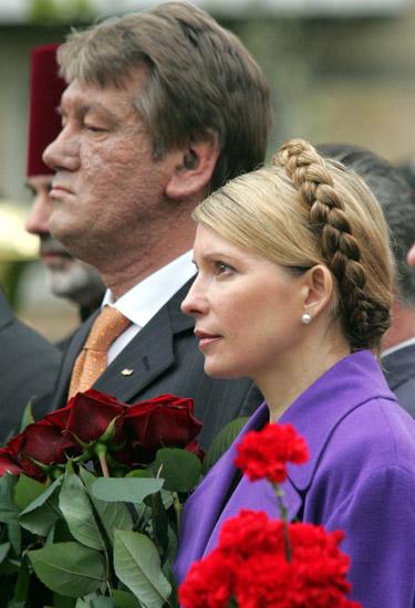 V. Juščenko ir J. Timošenko pagerbia Černobylio aukas