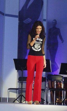 Dainininkė Simona