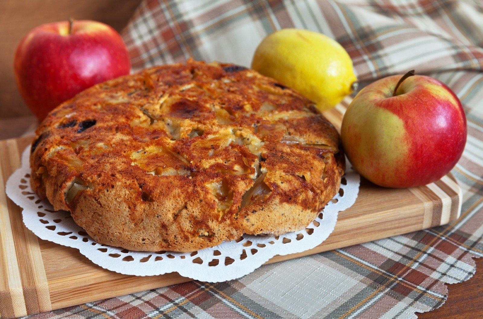 Mamos receptai obuoliu pyragas
