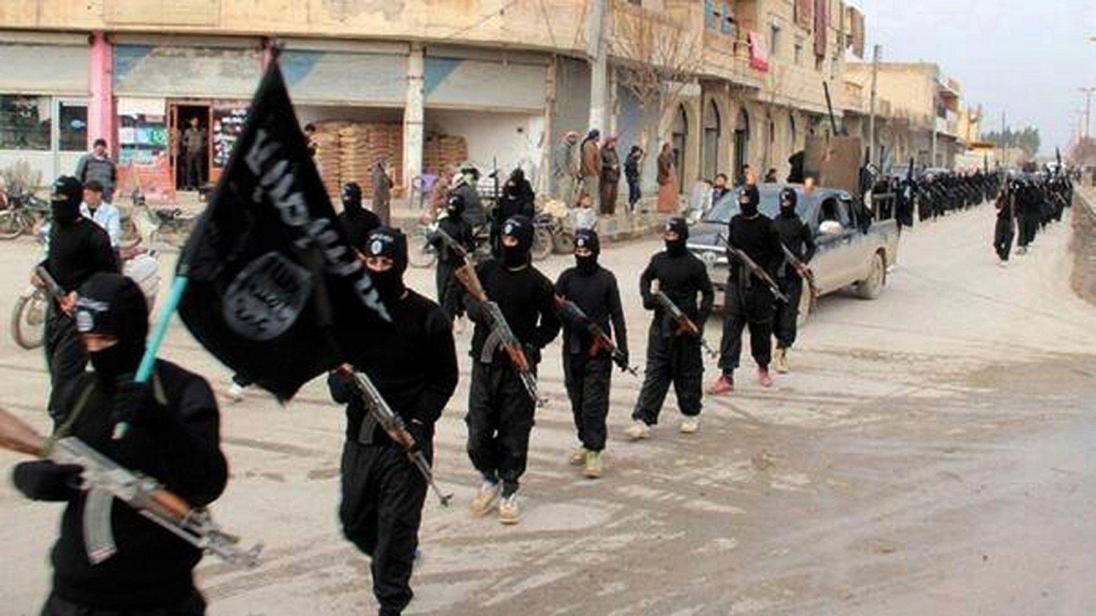 Боевики «ИГ» захватили 1600 мирных граждан Мосула иприкрываются ими отбомбардировок