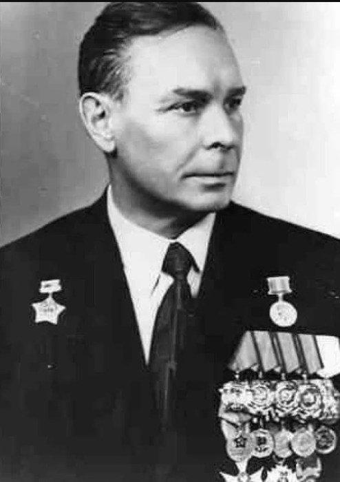 Jakovas Brežnevas