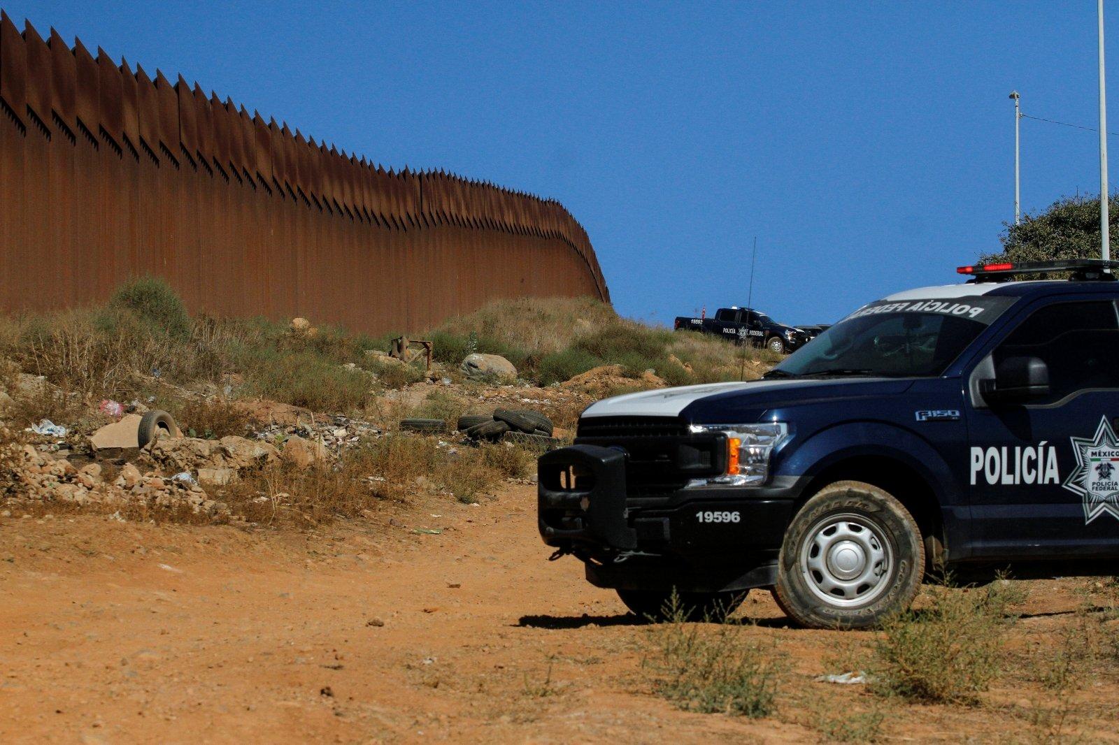 Американский пограничник ранил россиянина на границе с Мексикой