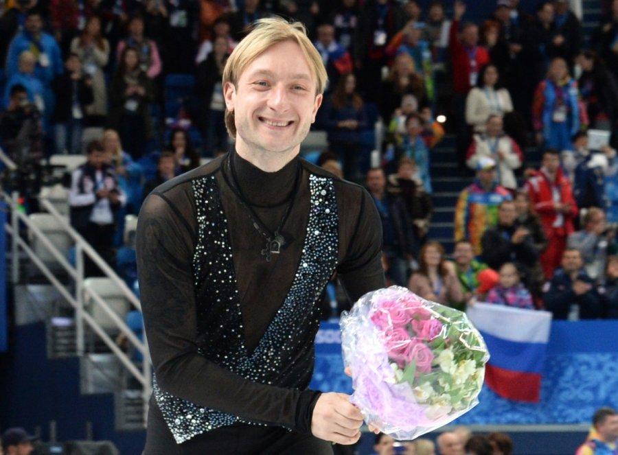 Евгений Плющенко и его тренер опровергают всякое давление со стороны федерации